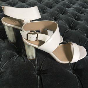 Barely worn Ann Taylor cream sandals
